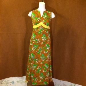 VINTAGE 70s Empire Waist Psychedelic Maxi Dress